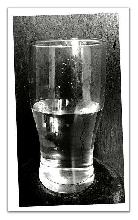 verre à moitié... vide ? plein ?